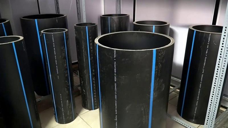 Các ống nhựa HDPE sẽ được kết nối với nhau bằng dây cước hoặc dây nhựa HDPE